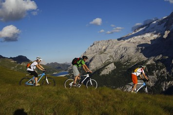 Val di Fassa mountain biking, bike excursions Trentino, mtb tours ...