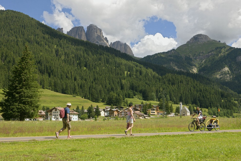 Fiemme and Fassa Dolomites cycling route pedestrian and bike path