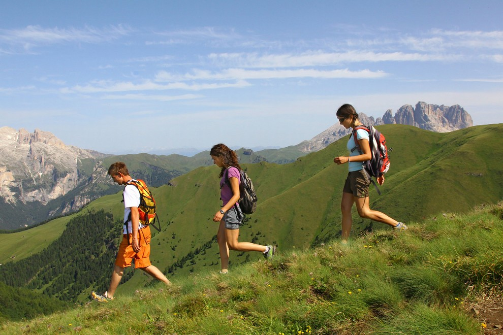 Walks and itineraries to discover Val di Fassa and the Dolomites