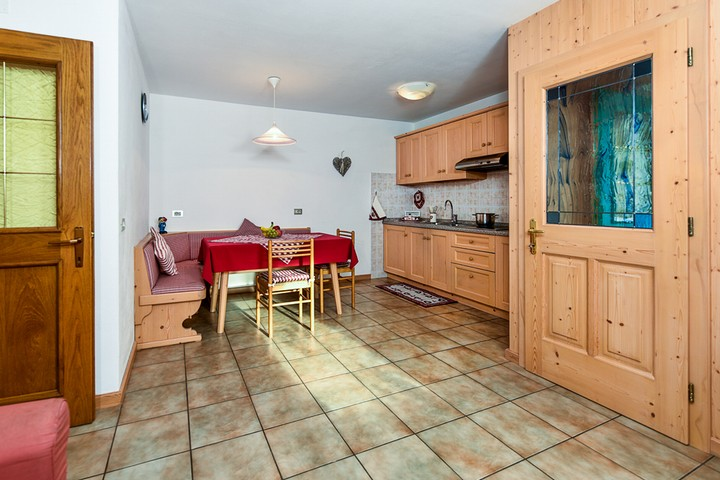 Spacious kitchen -full equipment- + microwave, digital SAT TV, sofa. Iron. Balcony