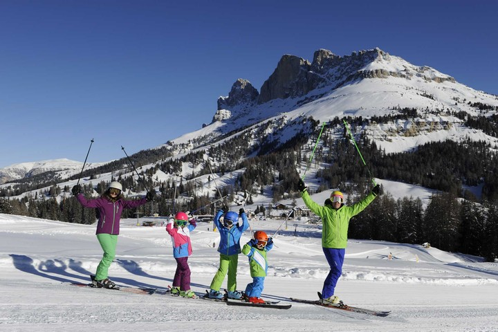 Funpark, nursery slope and learning snowpark for kids at Carezza