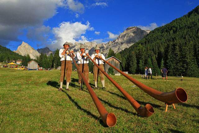 The Festa ta Mont in Val San Nicolò - Pozza di Fassa