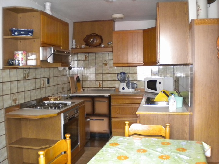 Kitchen with oven , microwave, dishwasher....