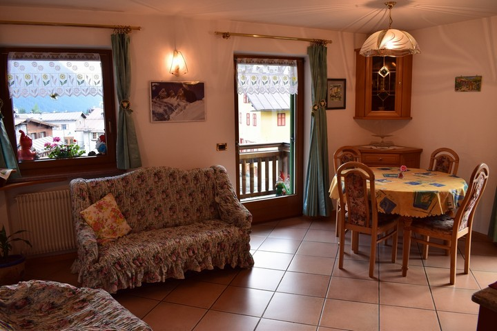 Lazzer Gabriele ''Holiday apartment Iwona'' - Campitello di Fassa