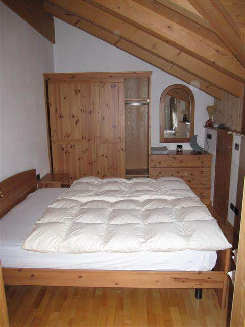 double room, cosy and quiet