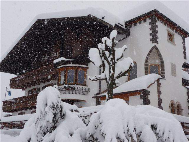 lots of snow... a wonder! we''ll be waiting for you in a fairy tail atmosphere