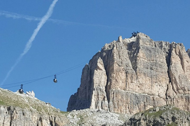 Sass Pordoi cable car