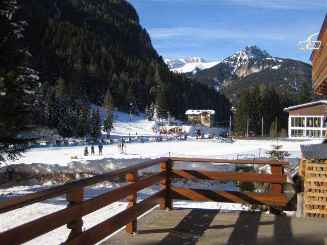 west sight: or sunny terrace, private park and garden.And the ski slopes for beginners or kid''s fun.And promenades..